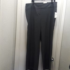 Style & co women's Gray wide leg, mid rise Short l
